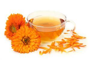 beneficios-do-cha-de-calendula